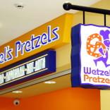 franchise-wetzels-pretzels-2.JPG