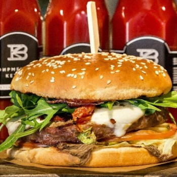 franchise-ketchup-burgers.jpg